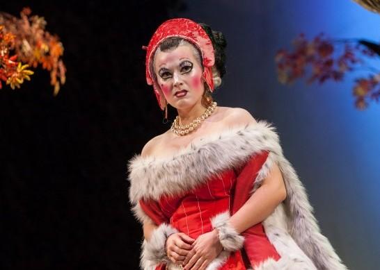 """Rebecca Robinson as Erminella in """"Volpone"""""""